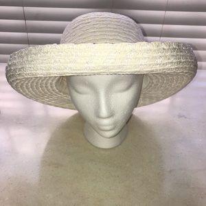 Beautiful Betmar Sun Hat